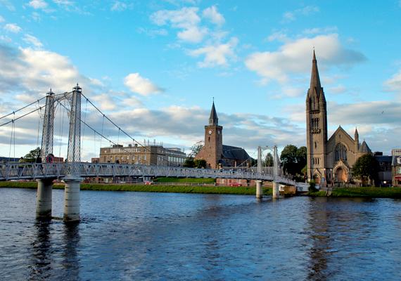 A Skót-felföld fővárosának is nevezett Inverness.