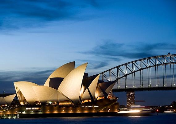 Az ausztráliai Sydney-t fényei és bámulatos tengerpartja teszi igazán romantikussá.