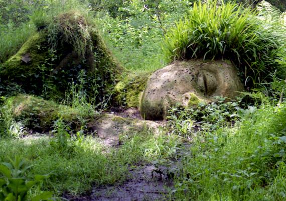 Napjainkban a kert nemcsak növényeiről, de az itt elhelyezett furcsa, bizarr szoboralakokról is híres.