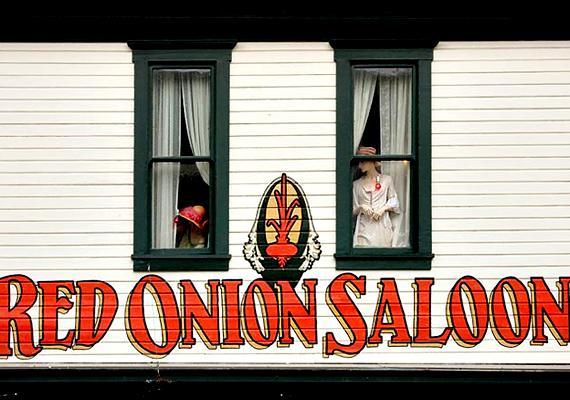 Az alaszkai Red Onion Saloon 1897-ben épült fel Skagwayben.