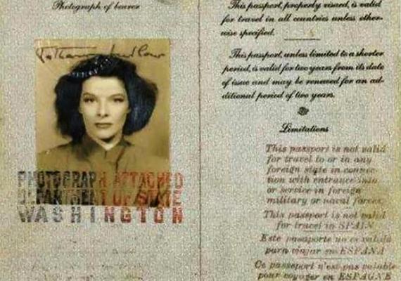 Éppúgy, ahogy ezen Katharine Hepburn eleganciája és karakteres vonásai.