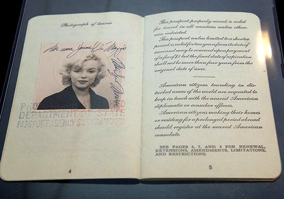 Marilyn Monroe útlevélfotóján is épp olyan gyönyörű volt, mint filmjeiben.