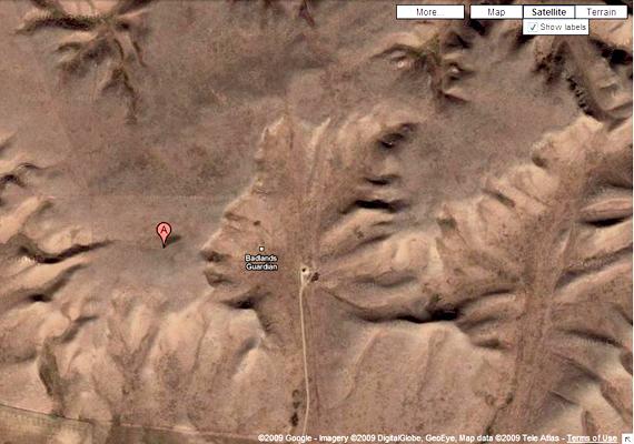 A kanadai Albertában található, Badlands Guardian néven elhíresült női profil az egyik leghíresebb Google Earth-találat.