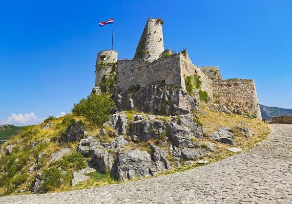 Klissza sziklavárában született az az Árpád-házi Szent Margit, akiről a Margitsziget kapta a nevét.