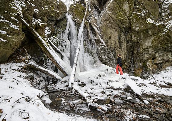 Ilyen volt a részben befagyott, Parádfürdő közelében található Ilona-völgyi vízesés 2015. február 8-án.