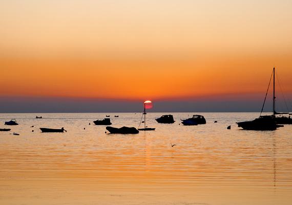 A magyar nyaralók kifejezetten kedvelik, hiszen amellett, hogy mesés tengerpart várja a fürdőzés szerelmeseit, látnivalókban sem szenved hiány.