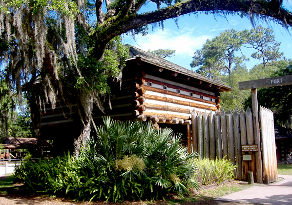 A Floridában található Fort Christmas Múzeum és Történelmi Park Christmas városában fekszik. Habár a város és a kulturális építmény is magában rejti a karácsony nevet, valójában semmi közük nincs a szeretet ünnepéhez.