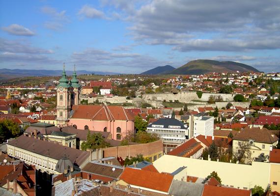 A történelmi látnivalóiról és mesés fekvéséről híres Eger 307 812 vendégéjszakával a tizedik legnépszerűbb magyar város lett.