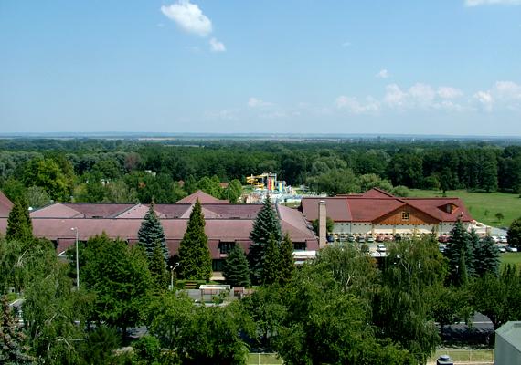 A népszerű fürdőhely, Zalakaros 436 454 vendégéjszakával a kilencedik helyet foglalja el.