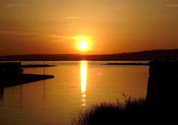 Jeremy Ironst a Velencei-tó ragadta magával, amikor 2005 nyarán az Eragon című film kapcsán itt forgatott.