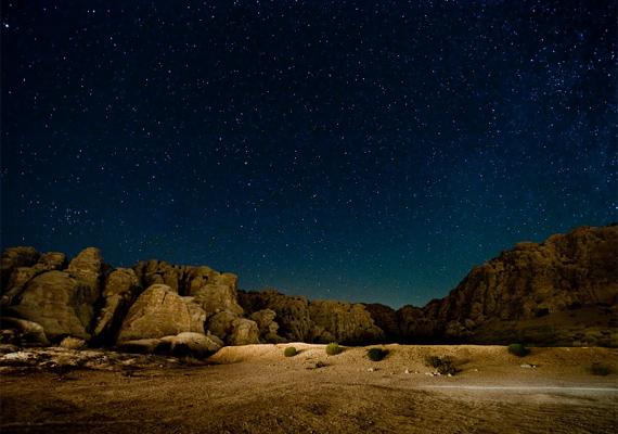 A nevadai Black Rock-sivatag szintén vonzza az önjelölt és igazi csillagászokat, hiszen a lakatlan terület ideális lehetőséget biztosít a kutatásra, nézelődésre.
