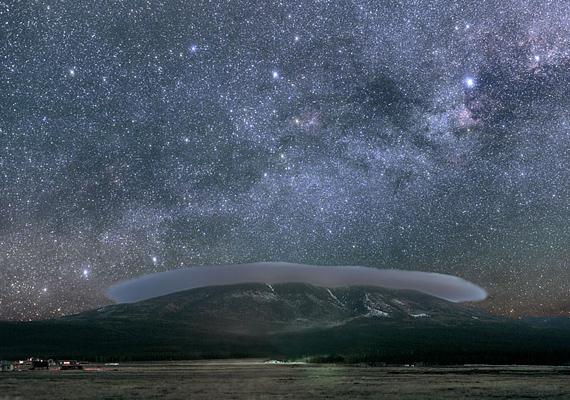 Az arizonai Flagstaff városa igazi csillagászmennyország, obszervatóriumok, meteorkráterek, sőt, az USA geológiai központja is itt található.