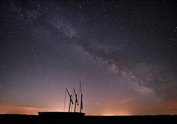 Hazánkban is akadnak csillagoktól beragyogott helyek. A Hortobágy lakatlan területe az egyik, mely már csatlakozott a Csillagoségbolt-park kezdeményezéshez.