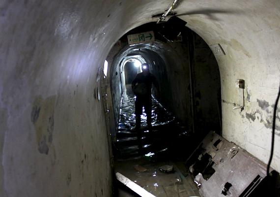 A föld alatti város alagutak hálózata Peking alatt, mintegy 84 négyzetkilométert fed le.