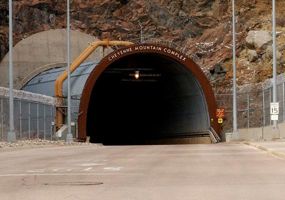 Az amerikai Cheyenne-hegyi bunkert a világ legbiztonságosabb helyének tartják.
