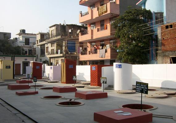 Az indiai Sulabh Muzeum a legkülönfélébb toaletteket mutatja be típus és történelmi korszakok szerint.