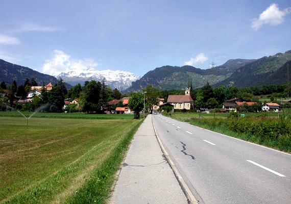 A svájci Fürstenau városi ranggal rendelkezik, azonban alig több mint háromszázan lakják.