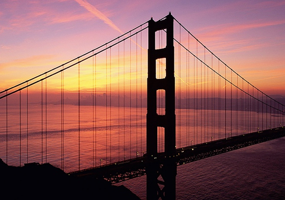 A Golden Gate-híd köztudottan a legnagyobb látványosság San Franciscóban, de a naplementének sikerült ezt überelnie.