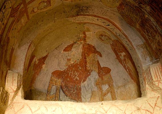 Az ókeresztény művészet nyomai a sziklakápolnákban ma is megtekinthetők.