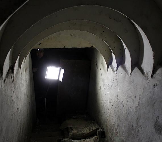 A pekingi Föld alatti várost az 1969-es szovjet-kínai határvita miatt kezdték felépíteni. Ma 85 négyzetkilométer.
