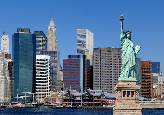 A szabadságszobor az első, amit New York-ban látni kell - tartja a mondás, és sokan túl sokat is várnak a hatalmasnak és masszívnak tűnő szobortól, mely egyes vélemények szerint a valóságban sokkal kisebbnek és jelentéktelenebbnek tűnik.