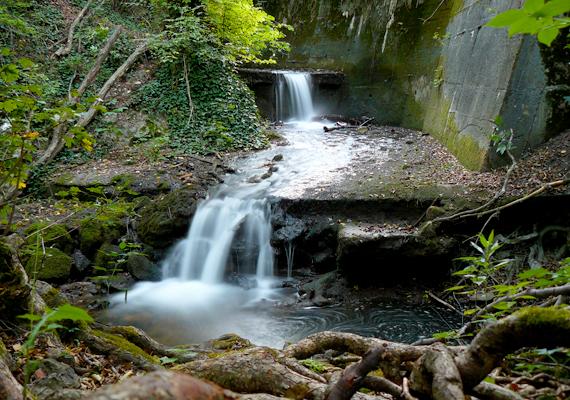A Bükkben található Lillafüredet az ország egyik legromantikusabb úti céljának tartják, köszönhetően a Palotaszállónak, a vízesésnek, a mesés függőkertnek, a Hámori-tónak és a hegyvidéki környezetnek.