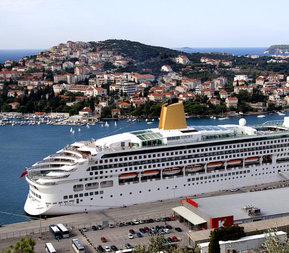Horvátország egyre népszerűbb a külföldi sztárok körében is - elsősorban Dubrovnik és mesés partjai.