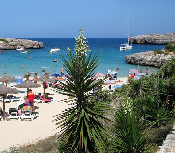 A Spanyolországhoz tartozó Mallorca a Baleár-szigetek egyik legszebb tagja, mely többek között Paris Hilton nagy kedvence.