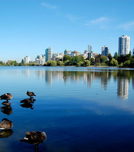 Vancouver, Kanada                         A nyugat-kanadai Vancouvert a világ egyik legnemzetközibb városaként tartják számon, a lakók kevesebb mint 50%-ának angol az anyanyelve. A sokszínűség mellett az oktatást, a közlekedést, a politikai és társadalmi környetet tekintve is kiemelkedő városnak számít.