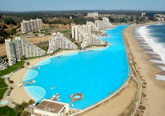 A chilei San Alfonso del Mar Resort igazi luxusoázis.