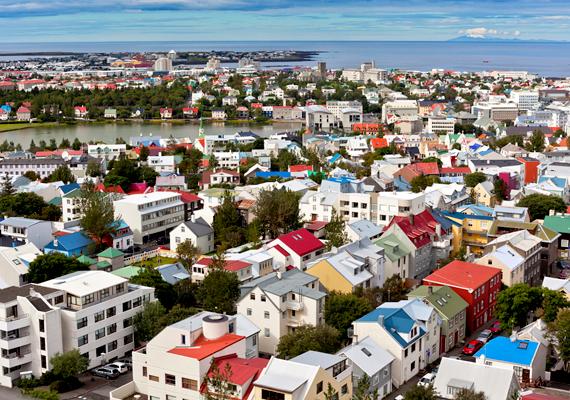 A Yale és a Kolumbia Egyetem kutatói szerint a legtisztább ország Izland. A képen a főváros, Reykjavík látható.