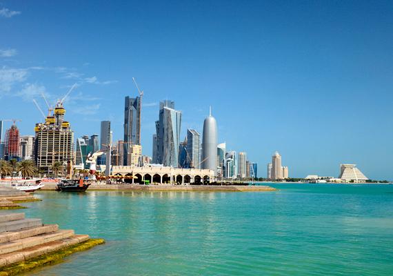 A leggazdagabb ország a Forbes magazin éves összeállítása alapján a kőolajban gazdag arab emírség, Katar.