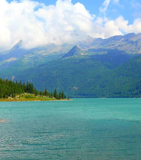 Gran Paradiso Nemzeti Park, OlaszországA híres olasz nemzeti park az ország északnyugati részén terül el. A tájat a hegycsúcsokon, az óriási gleccsereken, fenyőerdőkön és színpompás virágokon kívül az itt élő több tucat növényevő- és madárfaj teszi kihagyhatatlan élménnyé.