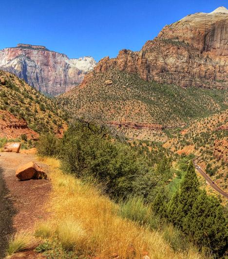 Zion Nemzeti Park, USAA színes sziklaalakzatairól és kanyonjairól híres vidék Utah államban található - a kanyonokat az itt kanyargó Virgin-folyó vájta a homokkő-fennsíkokba. Az ősmaradványokban is gazdag parkban található a világ egyik legnagyobb szabadon álló sziklaíve, a Kolob Arch.
