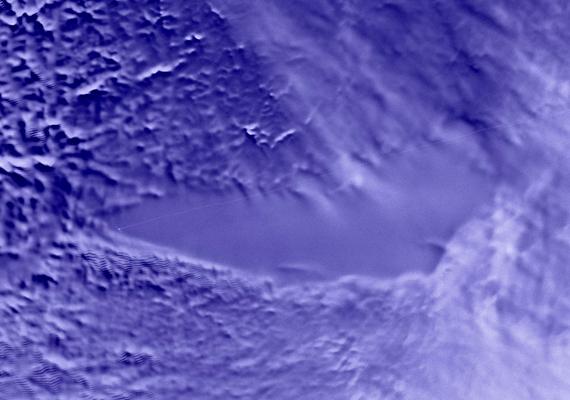 A Vosztok-tó vize nem véletlenül kristálytiszta, ugyanis az Antarktisz jégpáncélja alatt található.