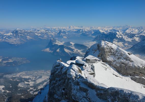 A Pilatus csúcsa nemcsak nyáron, de télen is lélegzetelállító látványt nyújt.