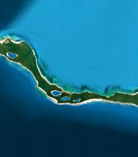 Bonds Cay                         A Bahamák-szigetcsoporthoz tartozó Bonds Cay tulajdonosa nem is egy, hanem három híresség, Shakira Roger Waters-szel és Alejandro Sanz-zal együttesen birtokolja. A szigeten luxusingatlanok és egy golfpálya is található, a tulajdonosok pedig szeretnének további fejlesztéseket is kivitelezni, egyfajta művészmenedékké kívánják tenni a helyet.