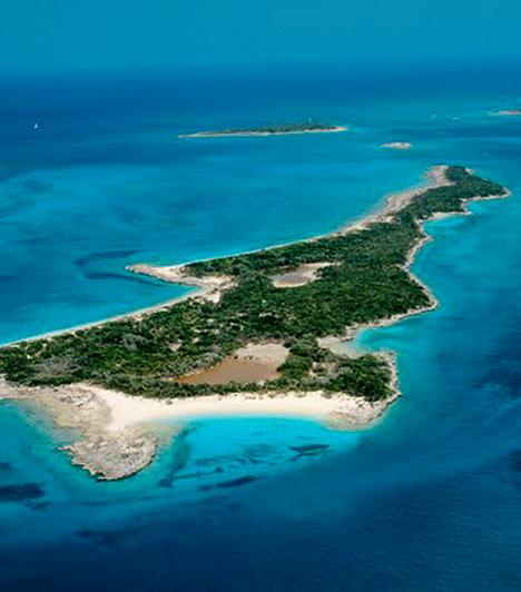 Leaf Cay                         A Bahamákhoz tartozó Leaf Cay-ről úgy hírlik, hogy tulajdonosai között szerepelt Nicolas Cage is. A hely gyönyörű, azonban tilos bármiféle ingatlanfejlesztést véghezvinni rajta, ugyanis ez veszélyeztetne egy itt élő ritka iguánafajt.