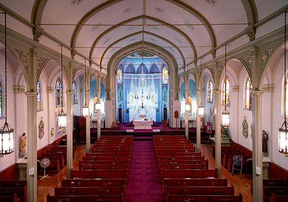 A clevelandi Szent Imre Római Katolikus Magyar Templom immár több mint 110 éve szolgálja a helyi magyar közösséget.