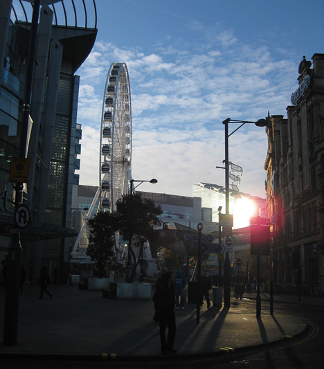 A Manchester Eye vagyis a nagy óriáskerék. Szinte minden nagyobb városban található hasonló.