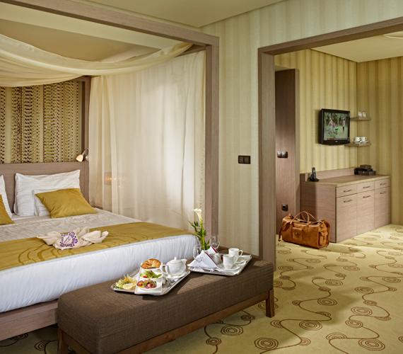 A szobák minden igényt kielégítenek, az biztos, hogy senkit nem kell ilyen körülmények között ringatni, hogy jól aludjon.