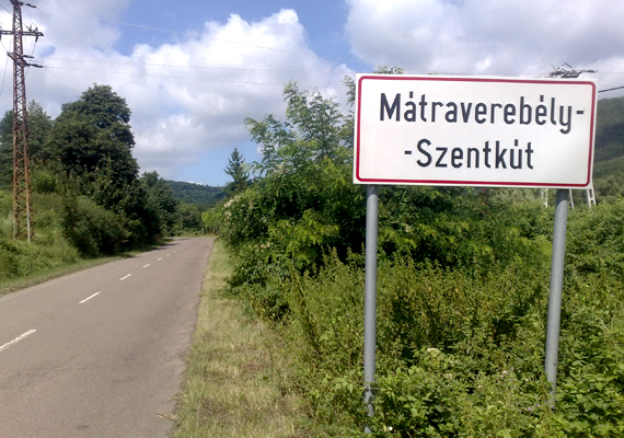 Az erdővel körülvett területen, egy völgy bejáratánál fekvő Szentkút az 1400-as években hazánk egyik leglátogatottabb búcsújáróhelye volt.