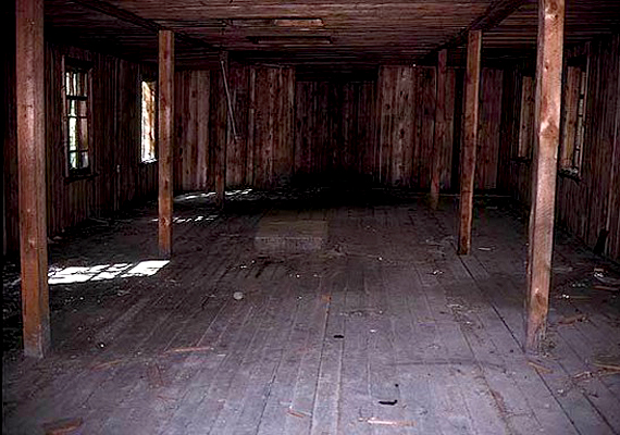 A Taga-erdei táborban rengetegen vesztették életüket. Végül a helyet 1953-ban, Sztálin halála után zárták be.