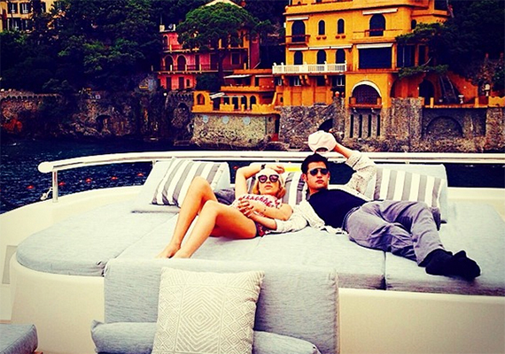 Szintén sokan voltatok kíváncsiak arra, a gazdag fiatalok milyen fotókat posztoltak nyaralásaikról a Rich Kids on Instagram nevű weboldalra. Kattints ide a cikkért!