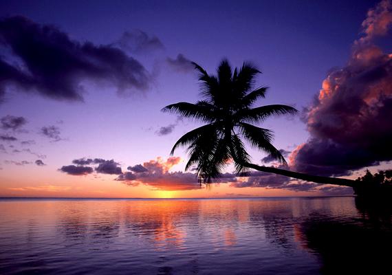 A Francia Polinézia legnagyobb szigetét jelentő Tahiti tökéletes úti cél az egzotikus helyek szerelmeseinek. Kattints ide a háttérképért!