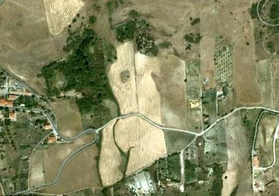 A meztelen női sziluettet Olaszországban, Szicília szigetén fedezték fel.