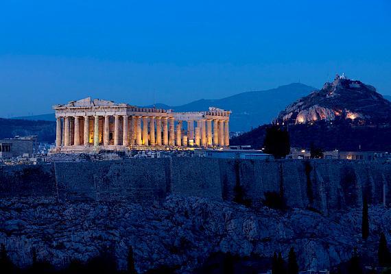 Köszönhetően többek között a bizonytalan politikai helyzetnek, Görögországban 42% azok aránya, akik negatívan tekintenek a jövőbe.