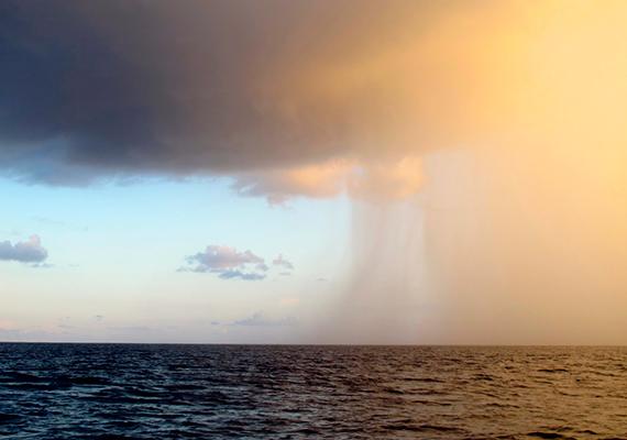 A legendáknak köszönhetően - és azok ellenére - ma egyre többen veszik célba a tengert, és korántsem csak kutatóhajók.