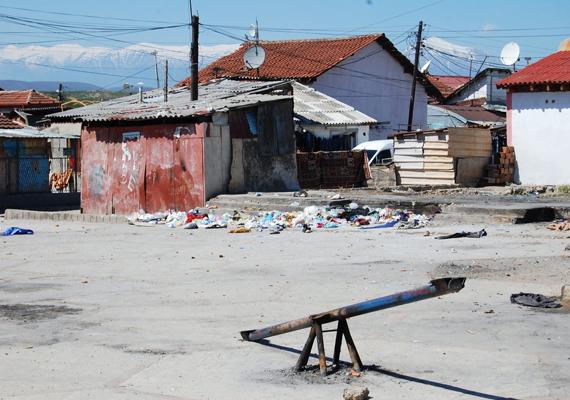 A szegénység szembeötlő a településen, ennek ellenére boldognak mondják magukat a helyiek, itt ugyanis szabadok lehetnek.