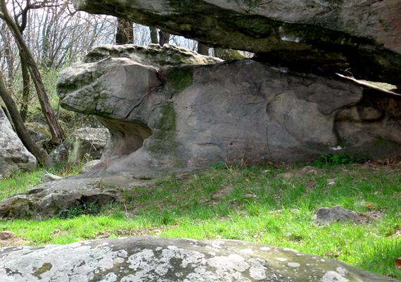 A Gyíkkő is egy méretes állatra hasonlít.